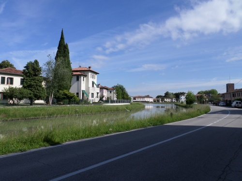 Mira - View along the canal