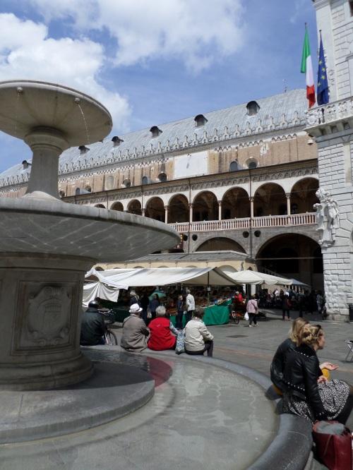 Fountain and basilica